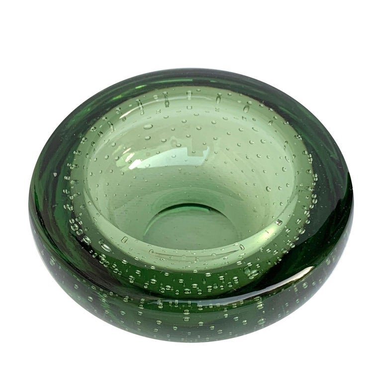 Glass Bowl or Ashtray, Glass Sommerso Bullicante, Air Bubbles Murano Italy, 1960 For Sale 2