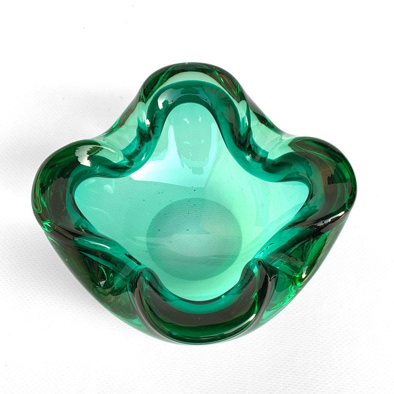 Italian Glass Bowl or Ashtray Green Glass Sommerso Murano, Italy, 1960s For Sale