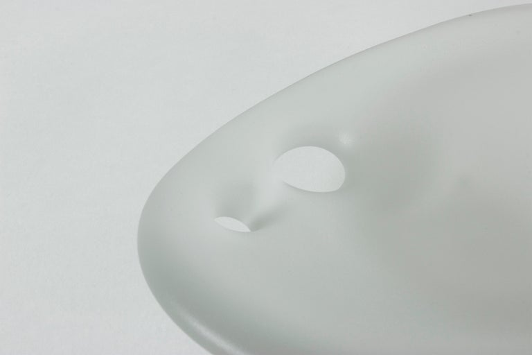 """Mid-20th Century Glass """"Devil's Cradle"""" Bowl by Timo Sarpaneva for Iittala For Sale"""