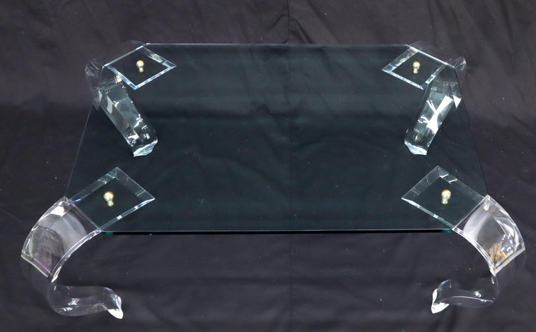 Glass Top Bent Lucite Legs Rectangular Coffee Table In Excellent Condition For Sale In Rockaway, NJ