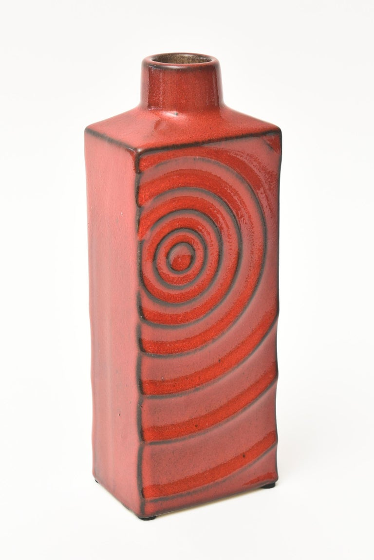 Mid-Century Modern Glazed Red Ceramic Zyclon Vase by Cari Zalloni for Keramik Vintage For Sale