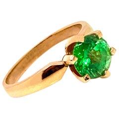 Glittering Green Tsavorite Solitaire 18 Karat Gold Ring