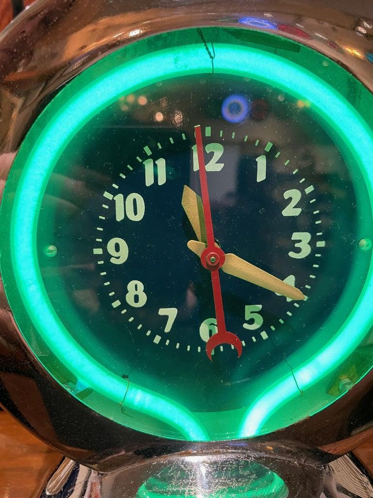 American Glo Dial Neon Chrome Desk Clock with Original Green Neon For Sale