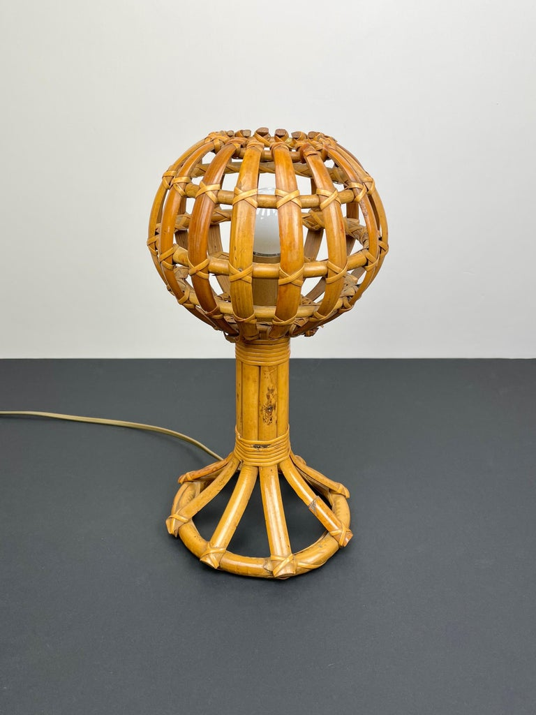 Mid-Century Modern Globe Rattan Table Lamp Louis Sognot Style, France, 1960s For Sale