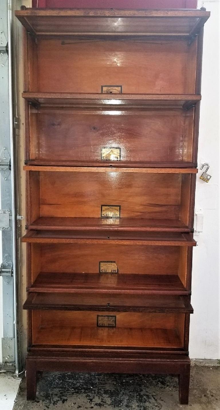 Globe Wernicke 5 Stack Barristers Bookcase In Good Condition For Sale In Dallas, TX