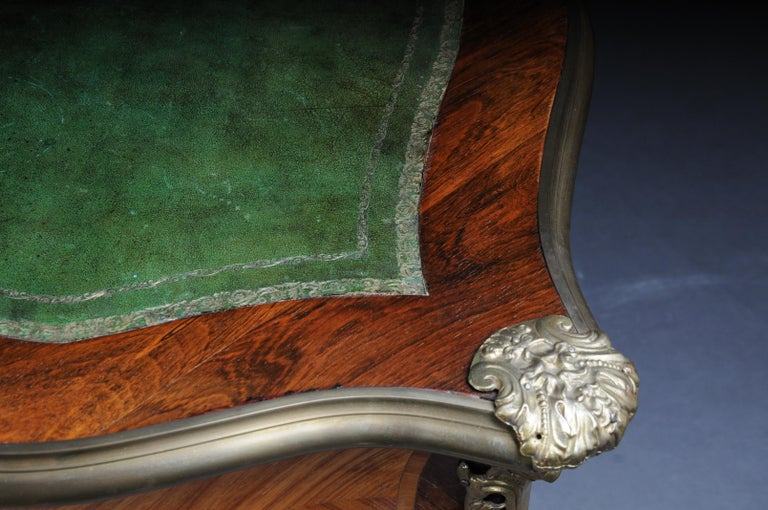 Glorious Bureau Plat or Desk in Louis XV For Sale 5
