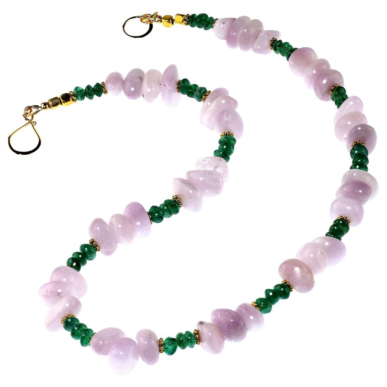 Gemjunky Glowing Kunzite and Aventurine Necklace for Summer Fun For Sale