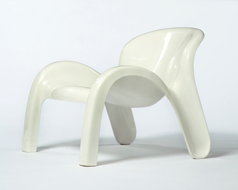 Modern GN2 White Plastic Lounge Chair by Peter Ghyczy, 1970 For Sale