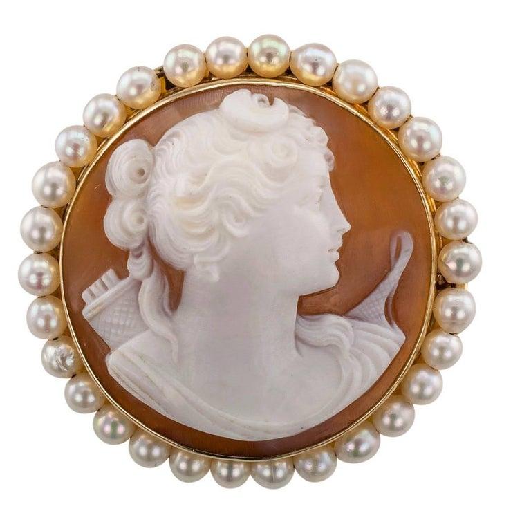 Goddess Diana 1930s Shell Cameo Brooch Pendant Gold Pearls