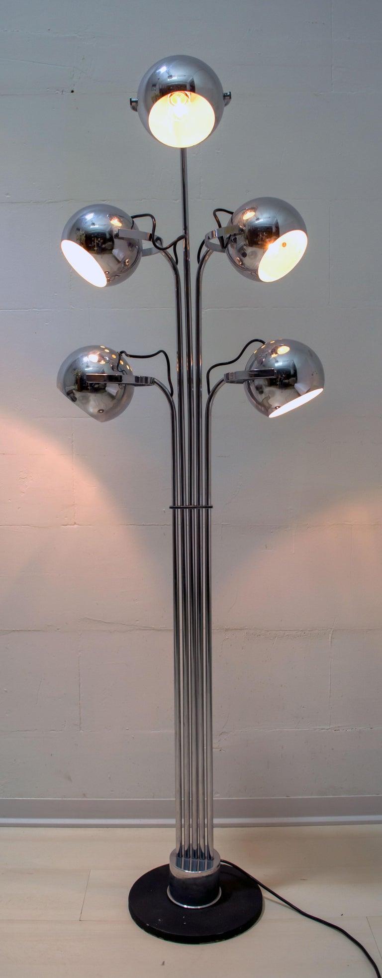 Metal Goffredo Reggiani Mid-Century Modern Italian 5 Lights Chrome Floor Lamp, 1970s For Sale