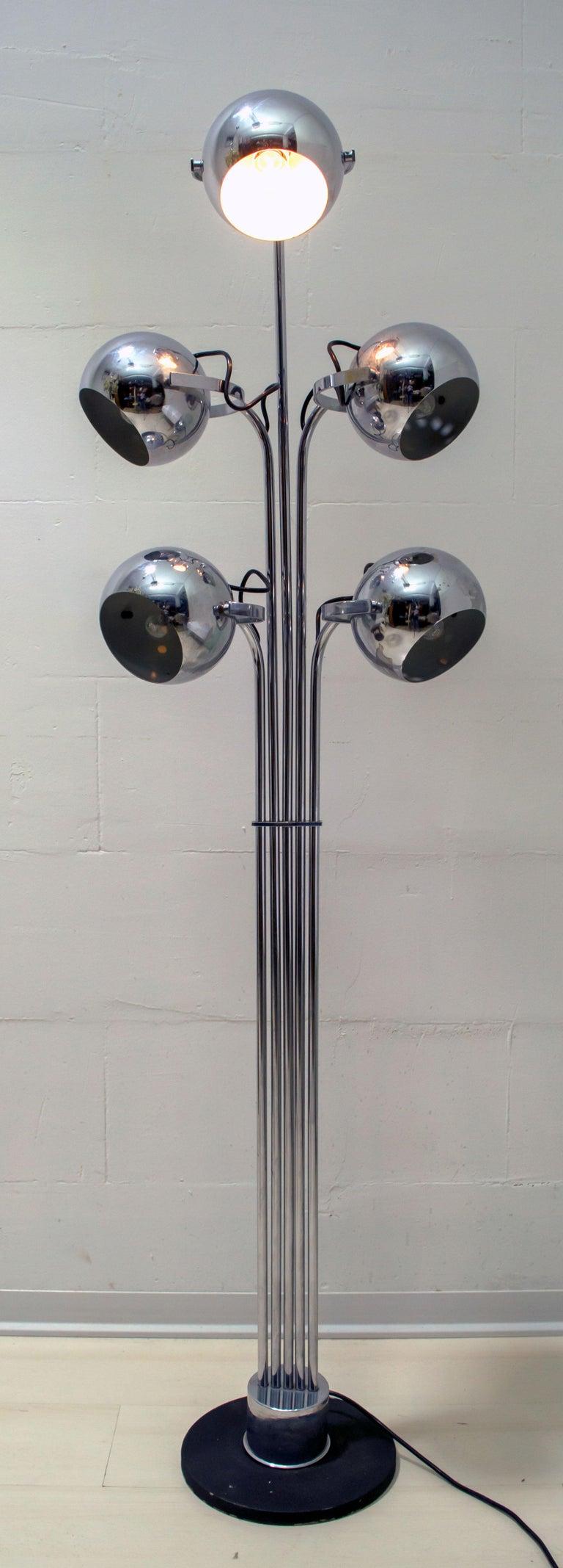 Goffredo Reggiani Mid-Century Modern Italian 5 Lights Chrome Floor Lamp, 1970s For Sale 1