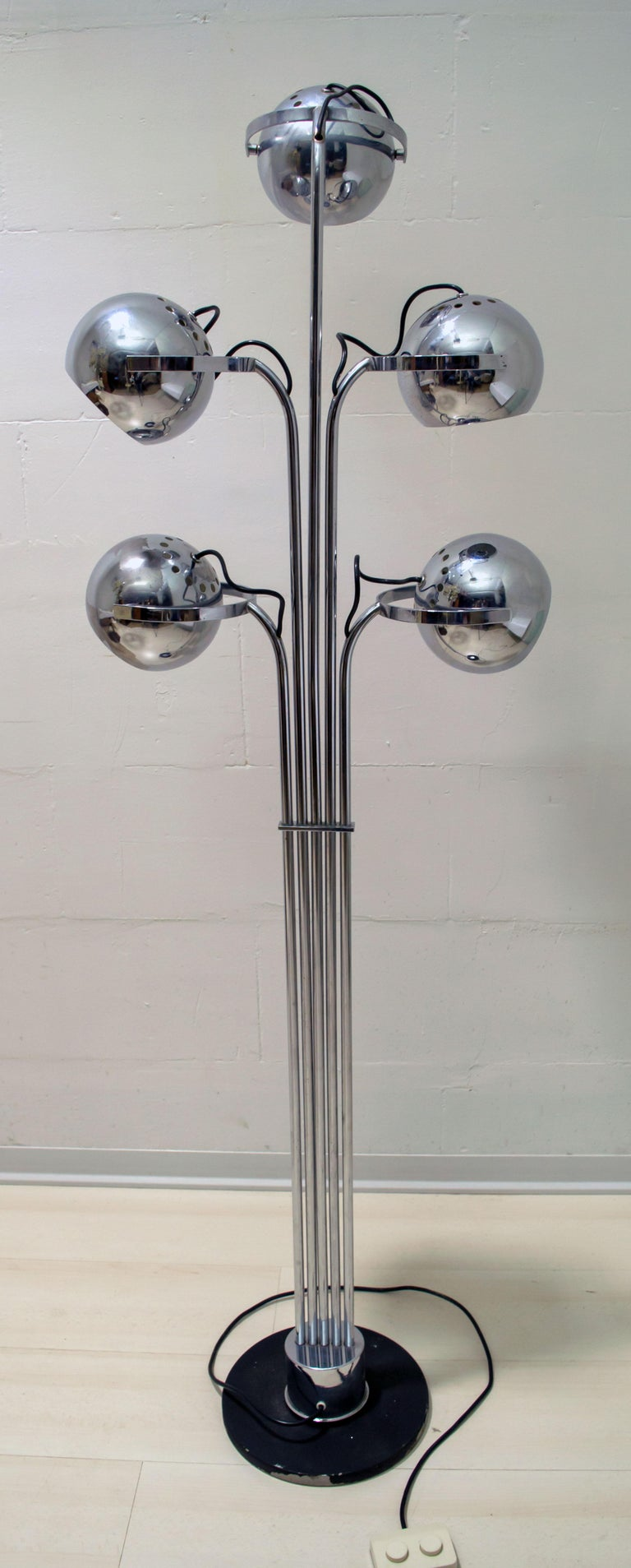 Goffredo Reggiani Mid-Century Modern Italian 5 Lights Chrome Floor Lamp, 1970s For Sale 3