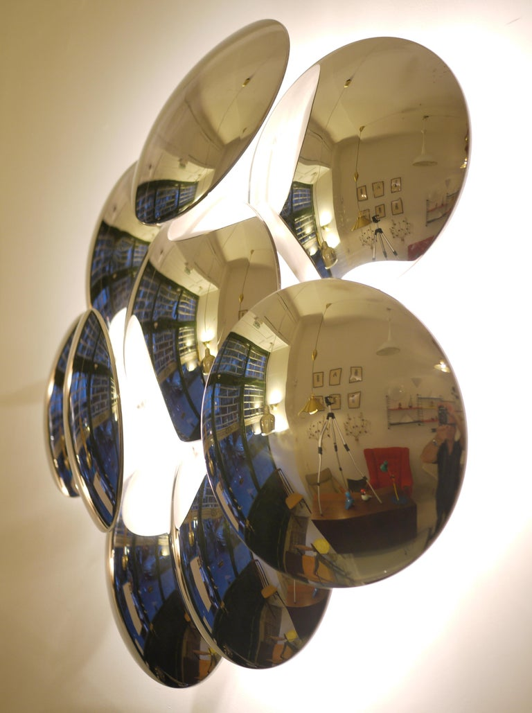 Goffredo Reggiani Nine Convex Disc Sconce In Good Condition For Sale In Madrid, ES