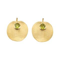 Gold 18 Karat Peridot Lotus Earrings