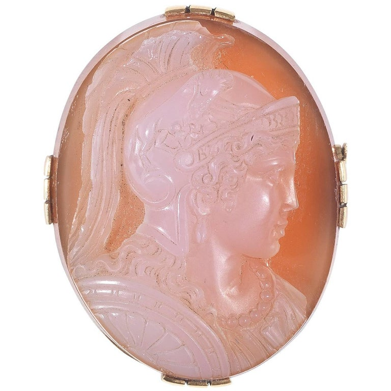 Gold Agate Cameo Brooch, 19th Century