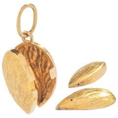 Gold Almond Pendant Gold 18 Karat