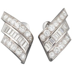 Gold and 10 Carats Diamonds French Vintage Earrings