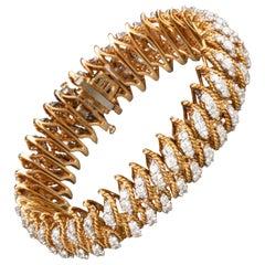 Gold and 15 Carat Diamonds French Vintage Bracelet
