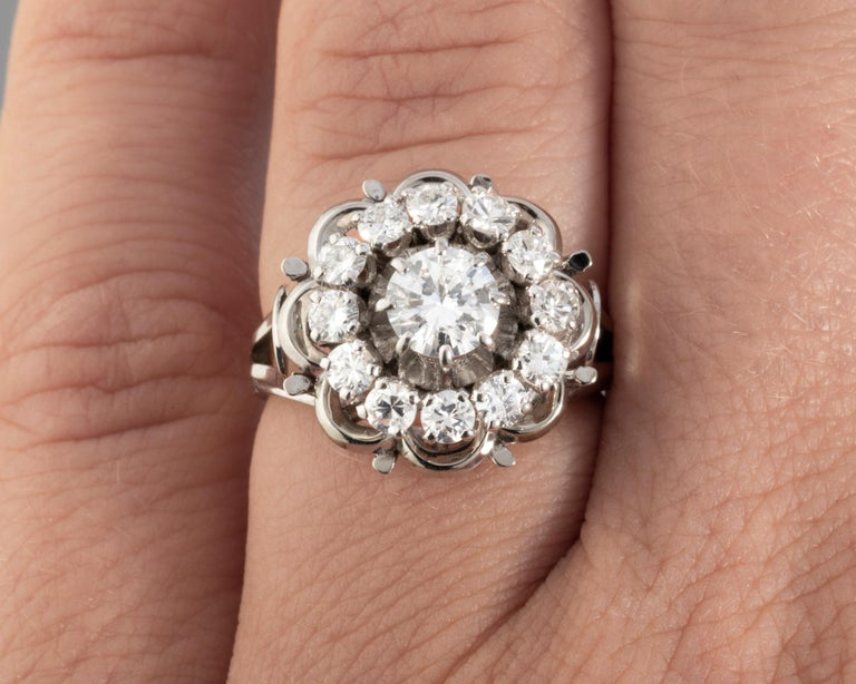 Brilliant Cut Gold and 1.60 Carat Diamonds French Vintage Ring For Sale