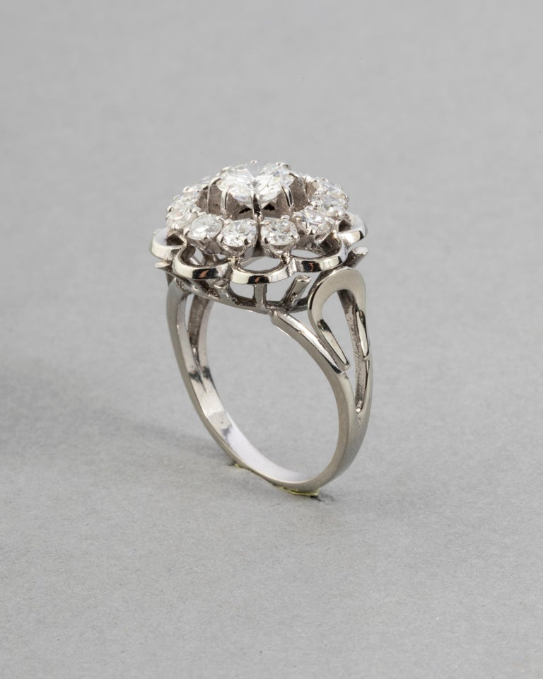 Gold and 1.60 Carat Diamonds French Vintage Ring In Good Condition For Sale In Saint-Ouen, FR