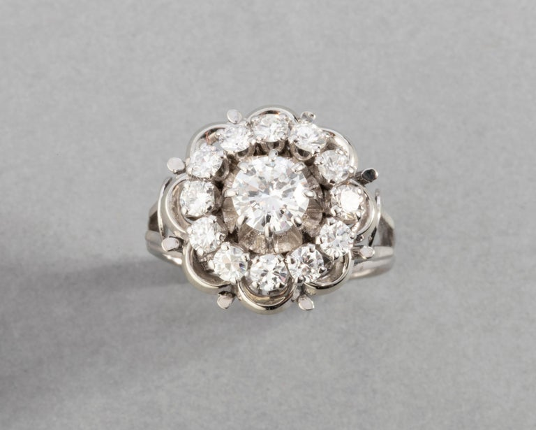 Men's Gold and 1.60 Carat Diamonds French Vintage Ring For Sale