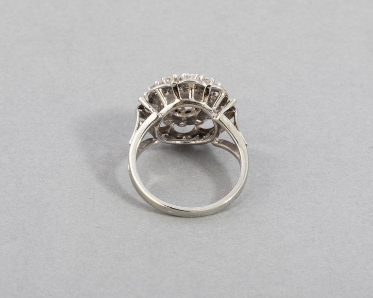 Gold and 1.60 Carat Diamonds French Vintage Ring For Sale 3