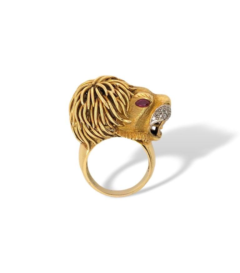 Gold and Diamond Lion