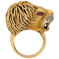 "Gold and Diamond Lion ""Leo"" Zodiac Ring, circa 1970"