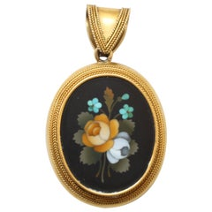 Gold and Pietra Dura Neo-Etruscan Locket