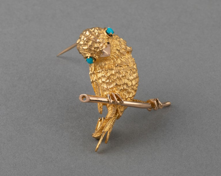 Gold and Turquoises French Vintage Bird Brooch In Good Condition For Sale In Saint-Ouen, FR