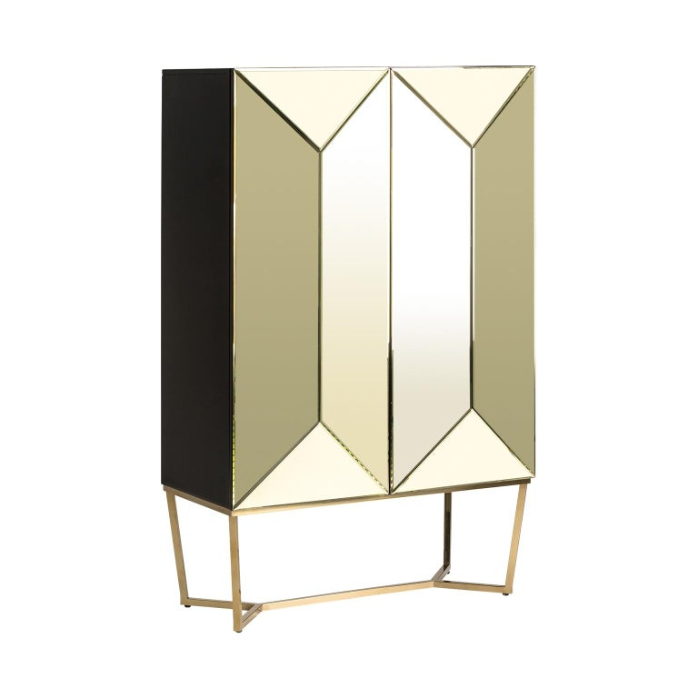 European Gold Bevelled Mirror and Gilded Metal Feet Bar Cabinet For Sale