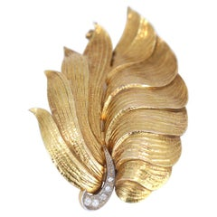 Gold Brooch Natural Ornament Leaves Diamonds, 1930