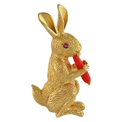 Gold Bunny and Carrot Pin