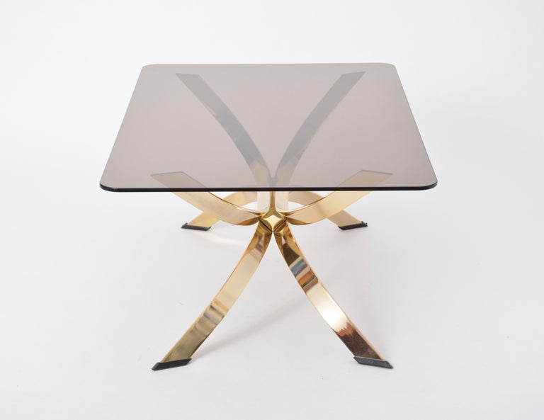 Gold Colored Mid-Century Modern coffee table with smoked Glass top For Sale 3