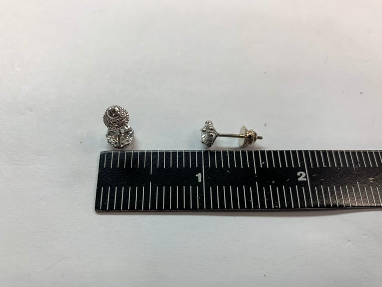 Women's Gold Earrings Natural 0.77 Carat Round Brilliant Colorless Diamonds VS Gem Stone For Sale