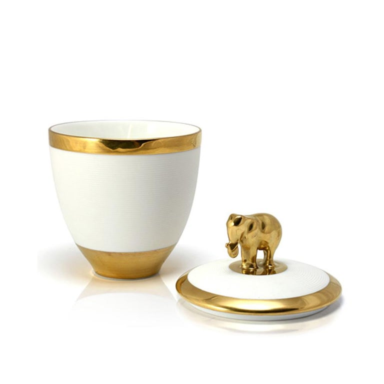 Gold Elephant White Candle Box In New Condition For Sale In Paris, FR