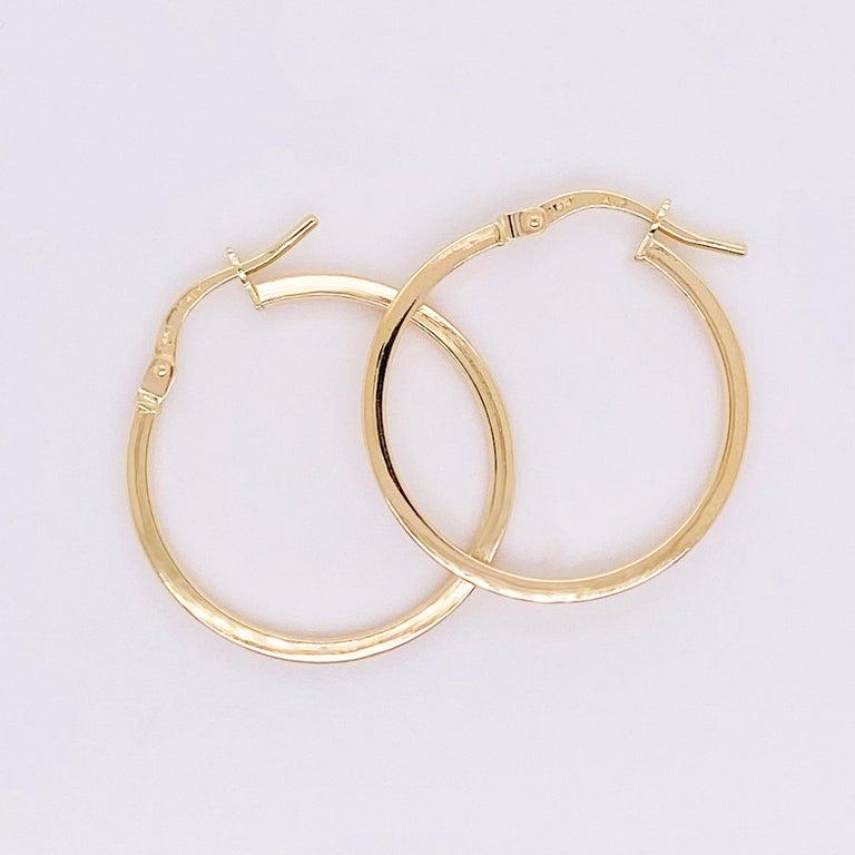 Gold Hoop Earrings, 14 Karat Yellow Gold, 14 Karat, Medium Hoops In New Condition For Sale In Austin, TX