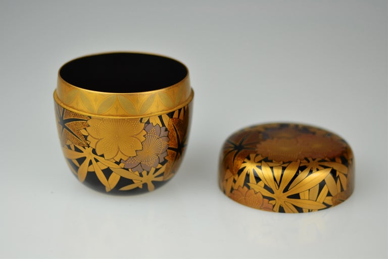 Late 20th Century Gold Lacquer Tea Caddy (natsume) by Kakinoki Akira (1926-2009) For Sale