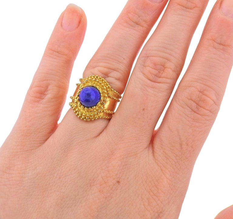 Gold Lapis Lazuli Ring In Excellent Condition For Sale In New York, NY