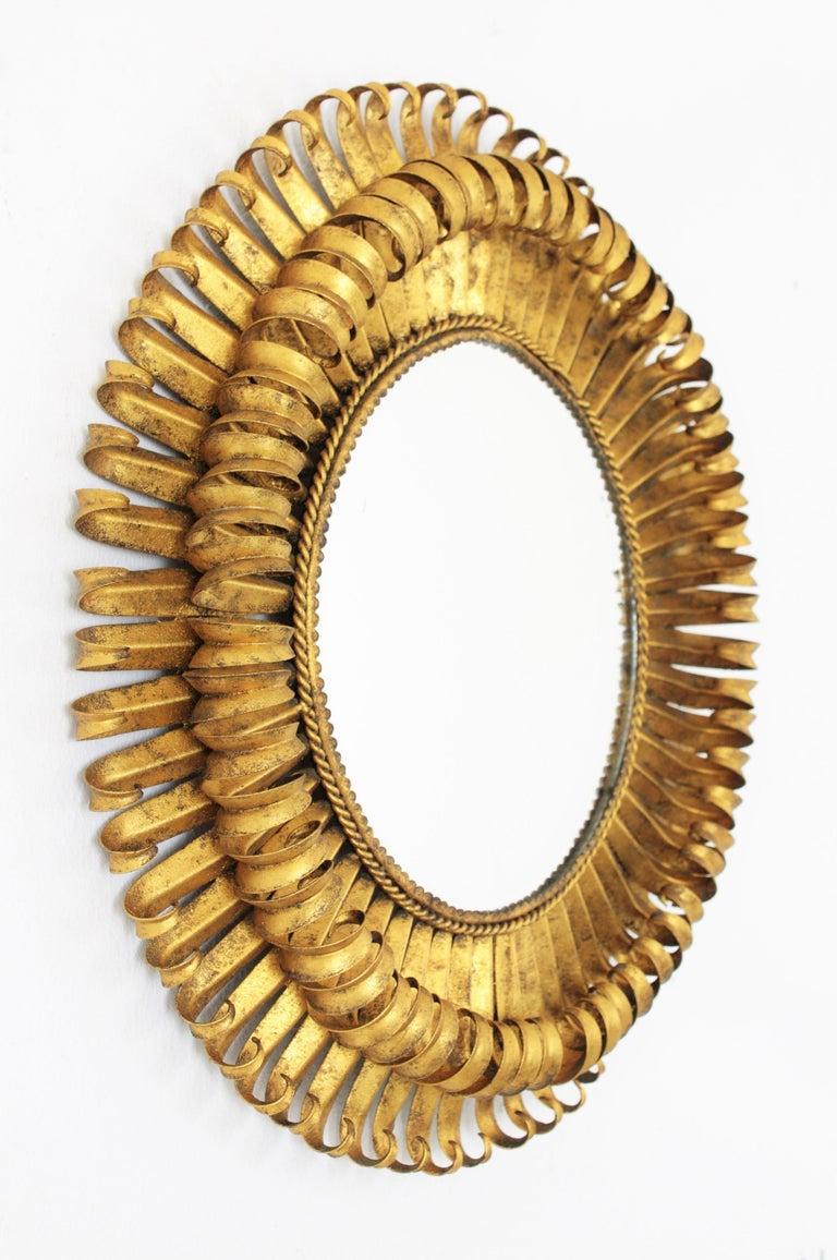 Mid-Century Modern Gold Leaf Gilt Iron Hand-Hammered Eyelash Round Sunburst Mirror, France, 1950s For Sale