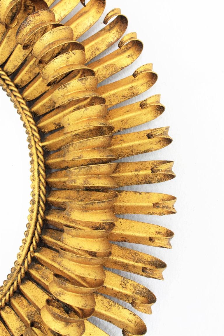 Gold Leaf Gilt Iron Hand-Hammered Eyelash Round Sunburst Mirror, France, 1950s For Sale 2