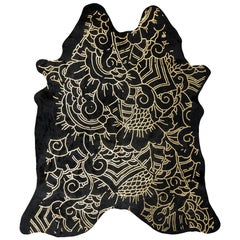 Gold Metallic Boho Batik Pattern Black Cowhide Rug, Medium