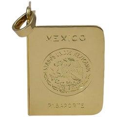 Goldener Mexiko Reisepassanhänger oder Medaillon