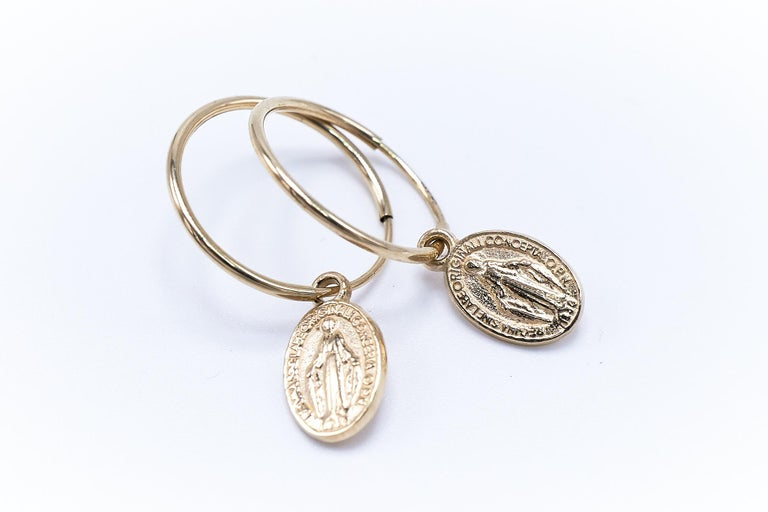 Gold Miraculous Medal Virgin Mary Hoop Earrings J DAUPHIN In New Condition For Sale In Los Angeles, CA