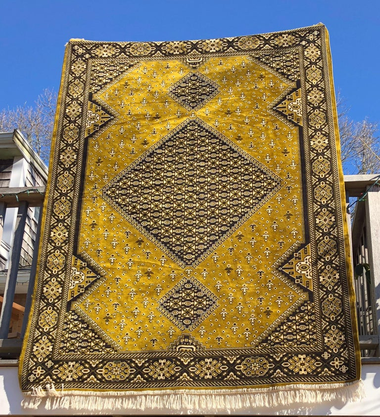 Ivory Wool And Silk Persian Naein Area Rug For Sale At 1stdibs: Moroccan Cactus Silk Gold Velvet Persian Area Rug, Hand