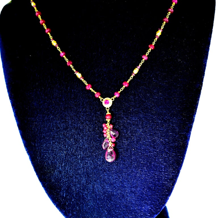 Gold Necklace, 22 Karat, with Rubies and Suspending Pink Tourmalines In Excellent Condition For Sale In Aspen, CO