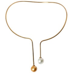 Gold Necklace Ergonomic Rigid with Pearl Gold and South Sea