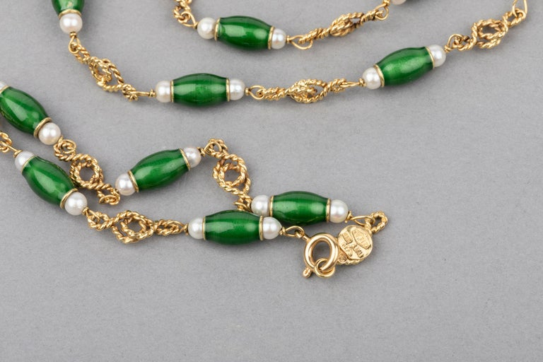 Gold Pearls and Enamel French Long Necklace For Sale 1