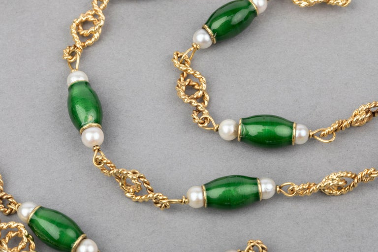 Gold Pearls and Enamel French Long Necklace For Sale 2