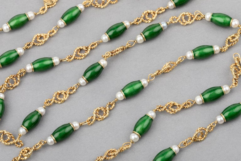 Gold Pearls and Enamel French Long Necklace For Sale 5